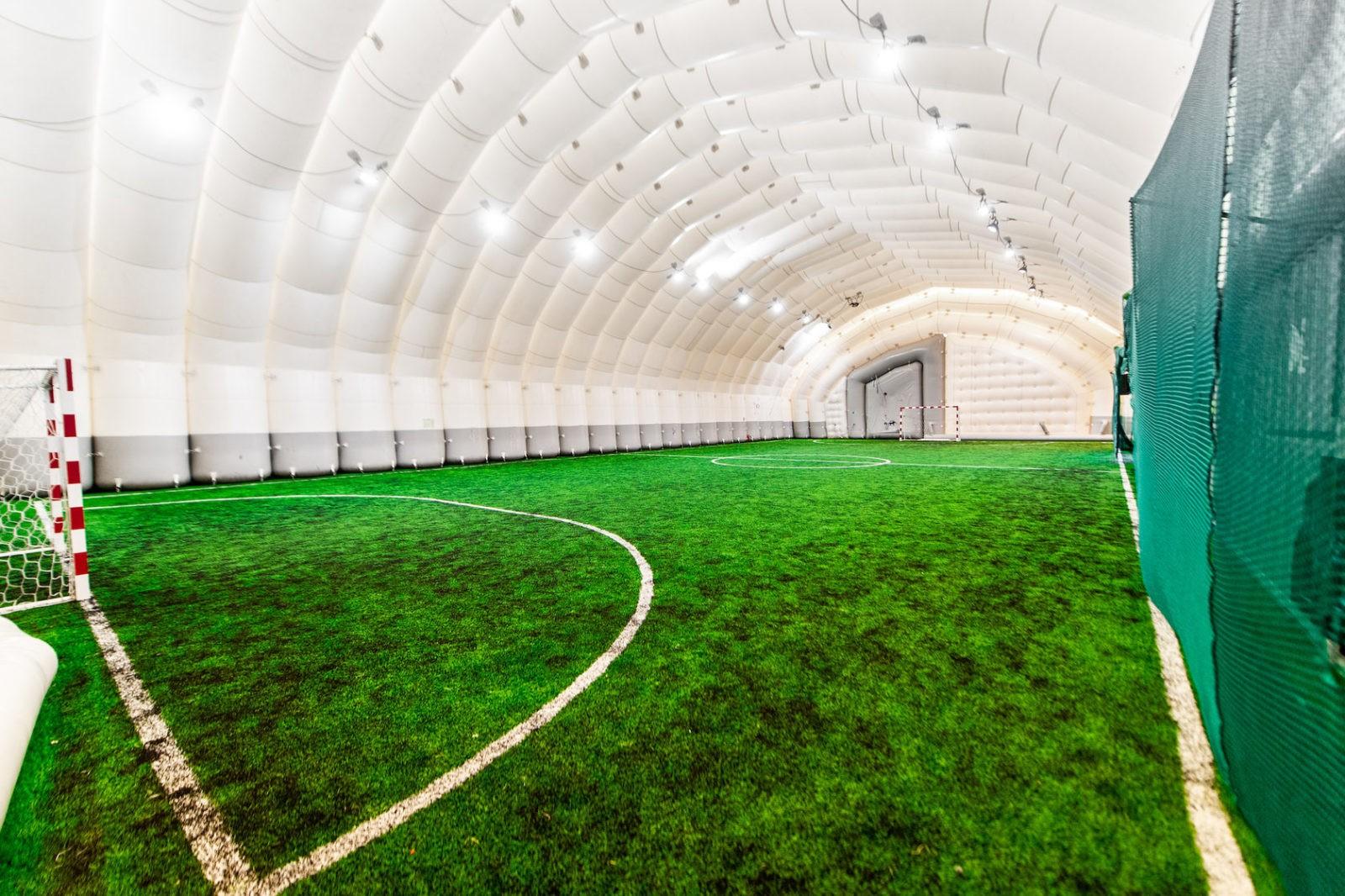 поле мини футбол Москва